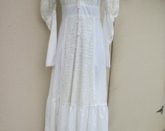 70's Ladies 'Gunne Sax' Decorative Lace, Long Sleeve, Solid White Maxi Dress