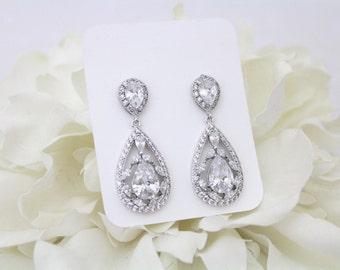 Crystal Bridal earrings, Teardrop Wedding earrings, Bridal jewelry, Bridesmaid earrings, CZ earrings, Chandelier earrings, Rose Gold
