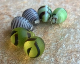 African Trade Beads, Vintage Mali Wedding Beads.Small Mixed Tear Drop Glass Beads,6 Vintage Glass Trade Beads,African Trade Beads,