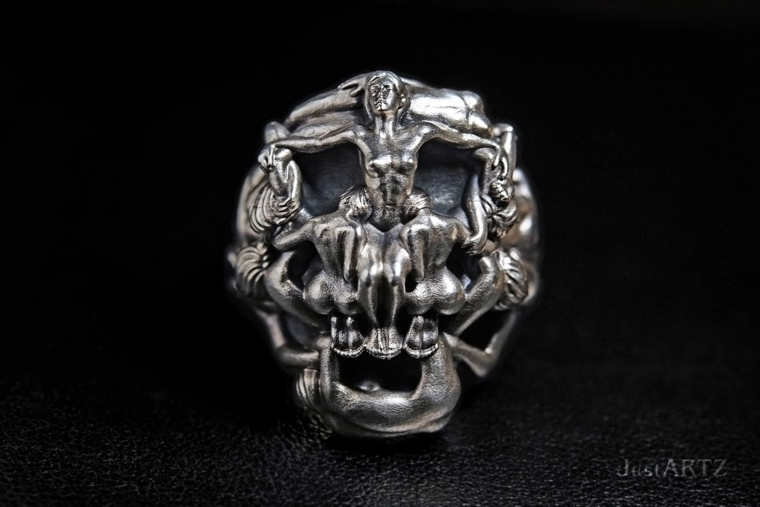voluptuous death salvador dali 39 s skull ring. Black Bedroom Furniture Sets. Home Design Ideas