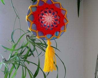 15% OFF - Crochet Mandala Suncatcher - Double Sided Sun Catcher Mobile - Repurposed CD - Window Decor - Crocheted Doily Ornament