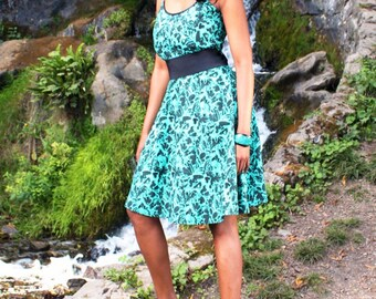 Green & Black Floral Print Retro Dress - available in 3 sizes