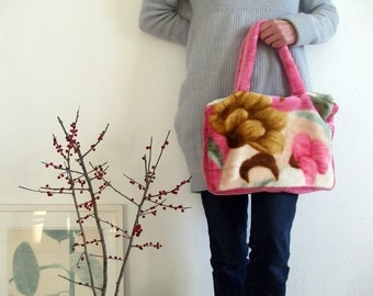 cosy plush handbag pink with big flowers