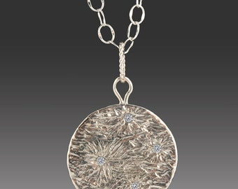 Wish upon the Moon Necklace Silver Full Moon with 5 Diamonds