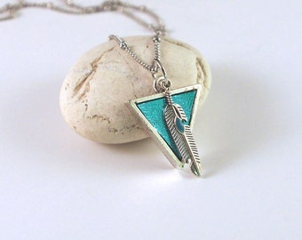 NEW Jewellery turquoise leather and silver necklace. leather necklace. Pendant necklace. turquoise pendant, leather pendant, Feather pendant