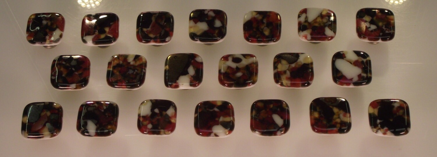 Colored art fused glass cabinet door knobs drawer pulls for Colored glass cabinet knobs