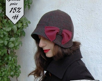 1920s Cloche hat-Red hat-Cloche hat with small brim-Bucket hat retro-1920s style-Tweed hat-Wool cloche-Winter headwear