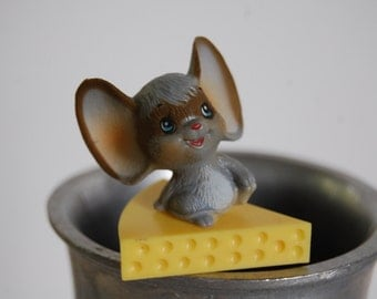 Adorable Vintage Mouse on Cheese Floral Pick / Cake Topper -- Set of 12