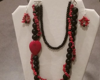 Red/Black Three Strand Necklace/Earring Set