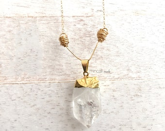 14k / Crystal Quartz / Wired Pendant Necklace