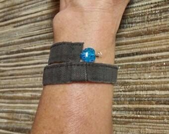 Denim wrap bracelet, bracelet brown jeans, denim upcycled jeans, floral heart beads wrap bracelet, recycled jeans, boho jewelry, ooak    W26