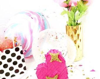 Heart Pinata - Mini Piñata -Emoji Piñata - Photo Prop - Desk Decor - Party Favor -Birthday Gift
