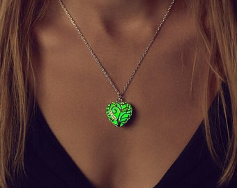 Small Green Glowing Necklace - Green Glowing Heart - Glow Necklace - Glow in the Dark Jewelry - Gifts for Her  - Glowing Jewelry