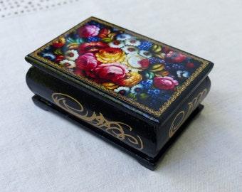 Vintage Wooden Box / Jewelry box / Trinket Box / small Wooden box with Flowers / casket Jewelry box / lacquer box wooden boxes