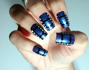film press on nails - cinema inspired fake nails - false nails in holographic violet - made to order