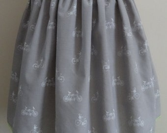 Becksy Lou - Bicycle Print Full Skirt With Pockets - Size 8 - 10