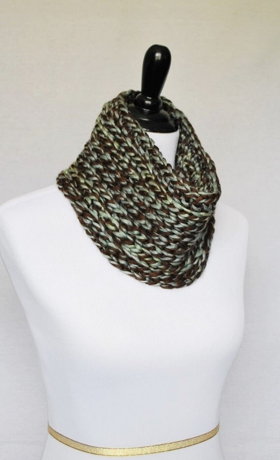 SALE! Brown and Blue Crochet Cowl, Chunky Neck Warmer, Short Infinity Scarf, Unisex Crochet Collar Scarf - Knit Look Cowl