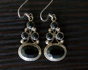 Striking BLACK ONYX SILVER Earrings