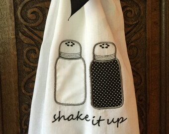 Salt and Pepper Shakers, hand towel, embroidery download, embroidery design, applique