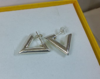 925 Silver earrings Silver earrings design triangle SO164