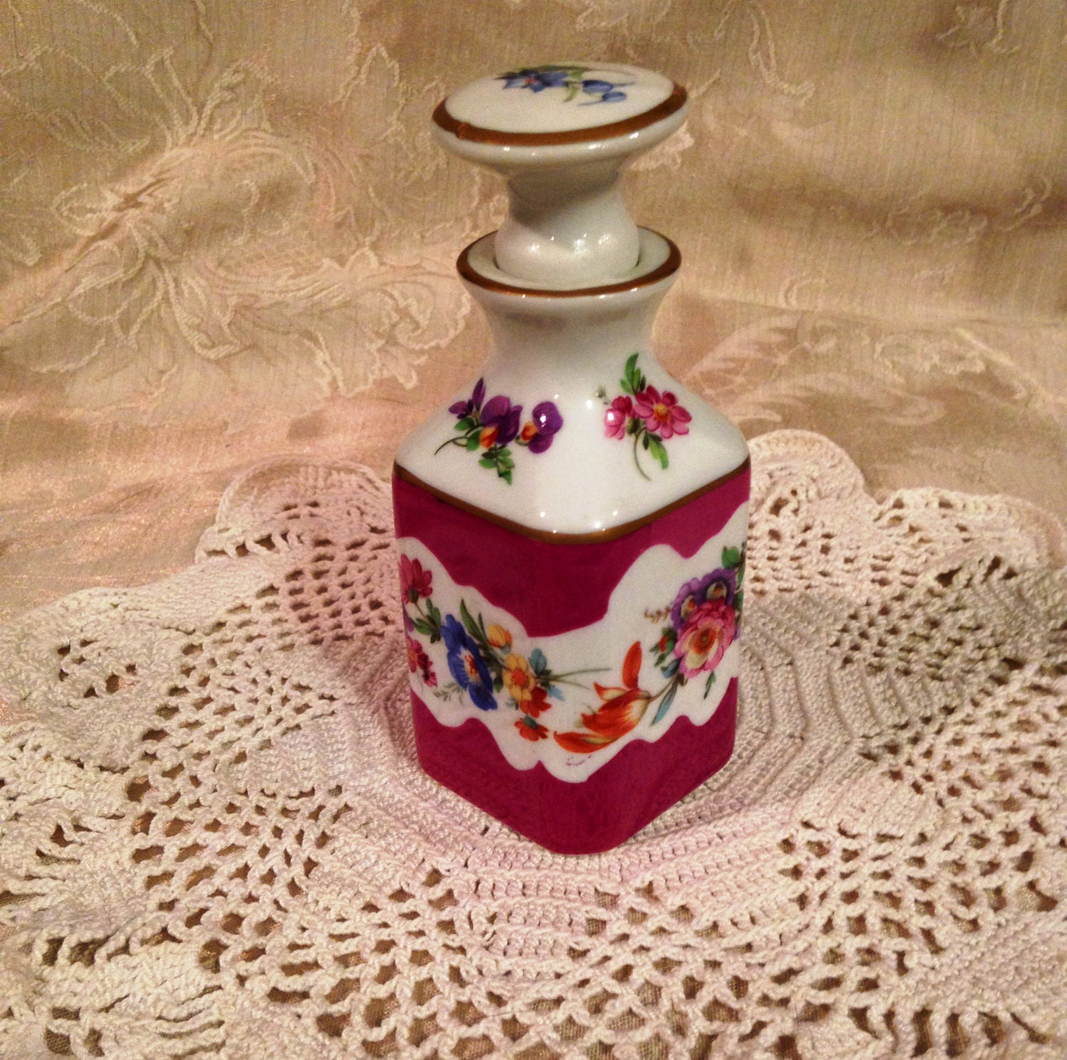 Limoges tipo perfume decanter dressing room bottle limoges for Dressing amenagement limoges