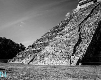 Mexican Temple Photography, Mexican Wall Decal, Black and White Temple Photography, Black and White Prints - Chichen Itza Tempel Mexico