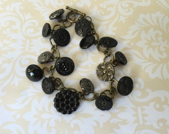 Antique and Vintage Button Bracelet, Black and Gold Glass Buttons, Charm Bracelet, Victorian Buttons