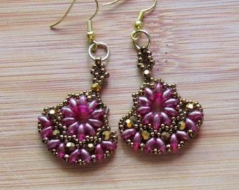 """Fan Earrings """"shimmering like Rubies"""""""
