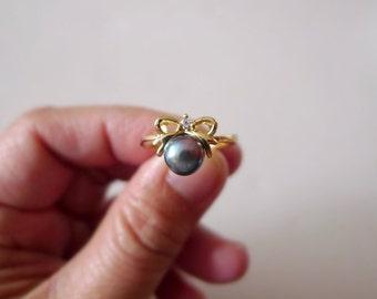 MARGA . black cultured pearl . 14K GP ring . size 6.5