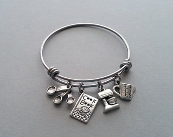 Cooking Charm Bracelet, Cooking Bracelet, Cooking Bangle, Baking Charm Bracelet, Cookbook, Measuring Cup, Mixer, Whisk, Stainless Steel