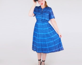 SALE 50s Blue Print Dress with Rhinestone Buttons and Bow XL Plus