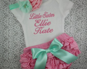 Baby girl coming home outfit, baby girl, clothes, Little Sister, NAME, custom, bodysuit, pants, headband, newborn girl, outfit, hospital
