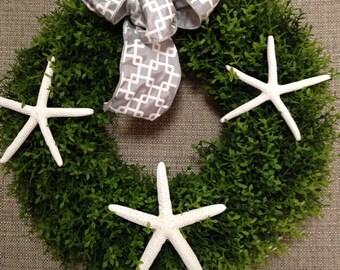 Boxwood Wreath with Real White Starfish-Small Wreath for Beach-Coastal Living-Home and Garden-Beach Wedding-Geometric Steel Grey   Ribbon