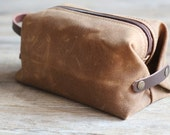 Waxed canvas dopp kit n. 3 - waxed canvas cosmetic bag - canvas travel case - custom groomsmen gift - gift for him - toiletry bag