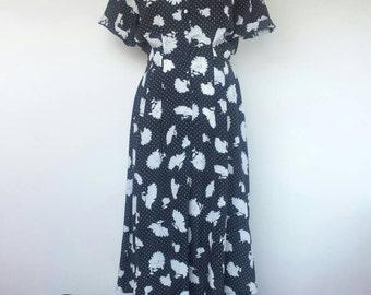 Shirt Dress 40s esque 1980s Midi Large Collar