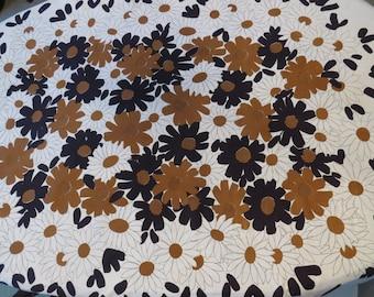 Retro Vera Neumann Tablecloth - Brown Black White Floral Daisies - Large Fall Autumn Table Linens - Collectible Entertaining - Mid Century