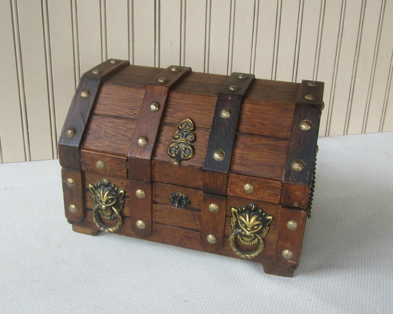 Men S Treasure Chest Vanity Box Men S Jewelry Box