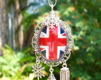 ENGLISH SNOW British Tree Jewelry Christmas Ornament Cross Lamp Jewelry