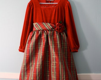 Girl's gorgeous vintage tartan dress / Red velveteen and red, gold, and green tartan Christmas dress / Jona Michelle dress / Girls Size 5