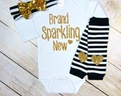 Newborn Girl Outfit Brand Sparkling New Black White Stripe Gold Glitter Hearts Bow Headband Leg Warmers Baby Girl Take Home Outfit Gift Set