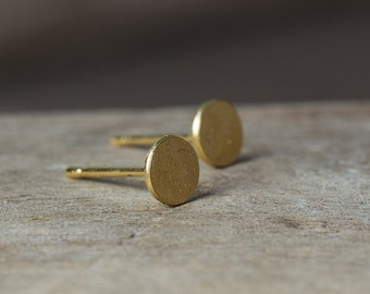 Gold Studs, Gold Circle Earrings, Gold Stud Earrings, Tiny Stud Earrings, Minimal Earrings, Dainty Earrings, Circle Stud Earrings