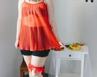 vintage 1960s red pleated vanity fair baby doll nightie