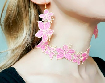 floral pink lace choker earrings set // gold necklace // art deco floral choker / elegant jewelry set //pink lace earrings