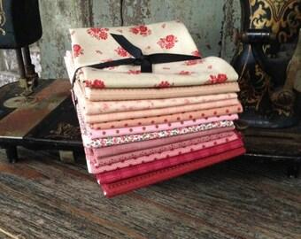 Fabric: FAT QUARTER Sampler Bundle Pink/Peach/Red Selection - Lecien Fabrics