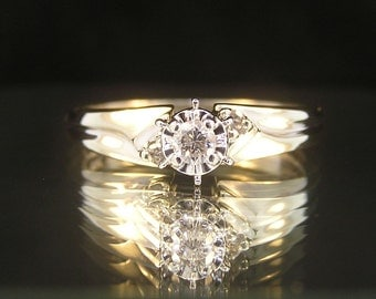 10k White Gold Diamond Solitaire Engagement Wedding Anniversary Ring - Vintage Estate Ring - Consignment - Size 4.25