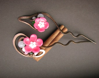 Large hair pins Copper hair sticks Pink flower accessory Large hair stick Set of hairpins Pink hair pin Wire wrapped Copper clip Pair sticks