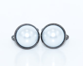 Pearl Cufflinks / Ivory or White / Men's Accessories / Grooms Cuff Links / Men's Suit / Wedding Cufflinks / Fathers Day / Pearl