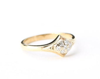 Unique vintage diamond engagement ring in 9 carat gold circa the 80's 1980's for her UK