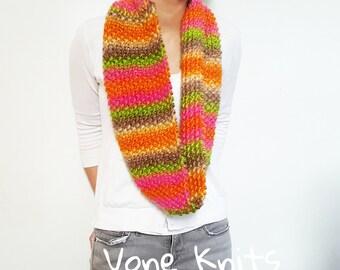 Multicolor Scarf, Rainbow Scarf, Multi Colored Scarf, Wool Roving, Wool Yarn, Circle Scarf, Knit Infinity Scarf, Knit Scarf, Chunky Knit