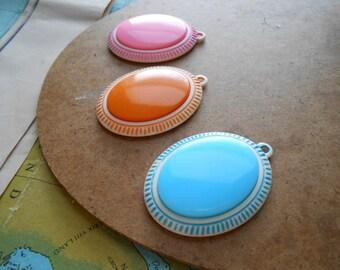 large plastic colorful pendants - vintage mod stripes - BLUE - vintage old new stock